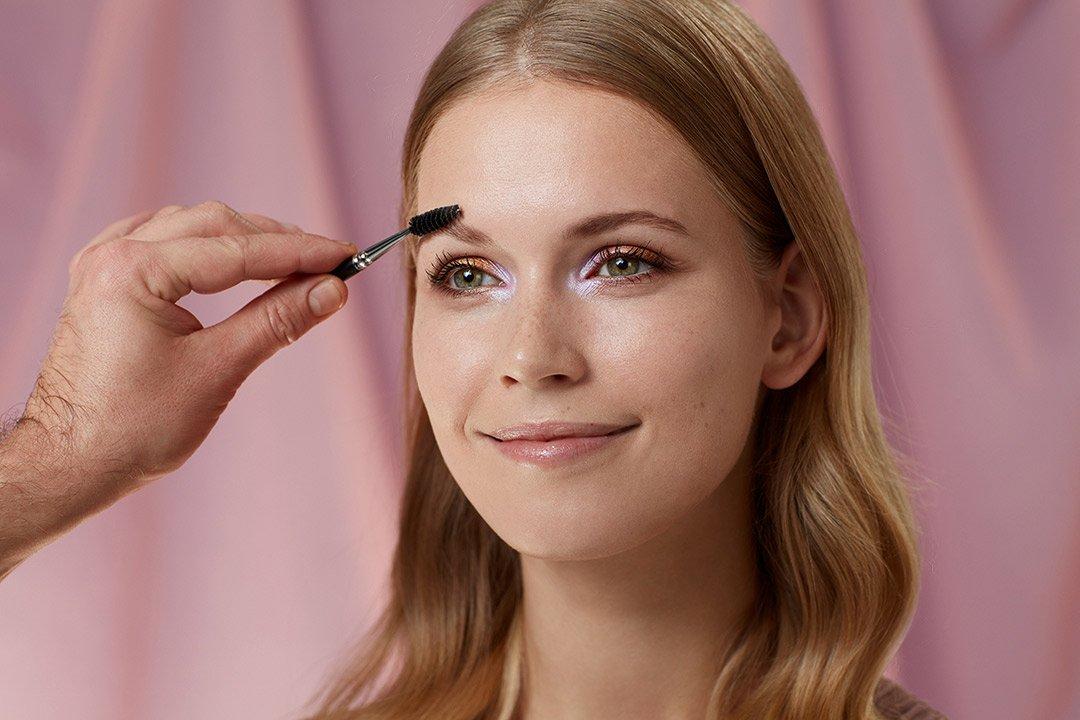 fruehlings-make-up-look-2020-douglas-pastel-farben (6)