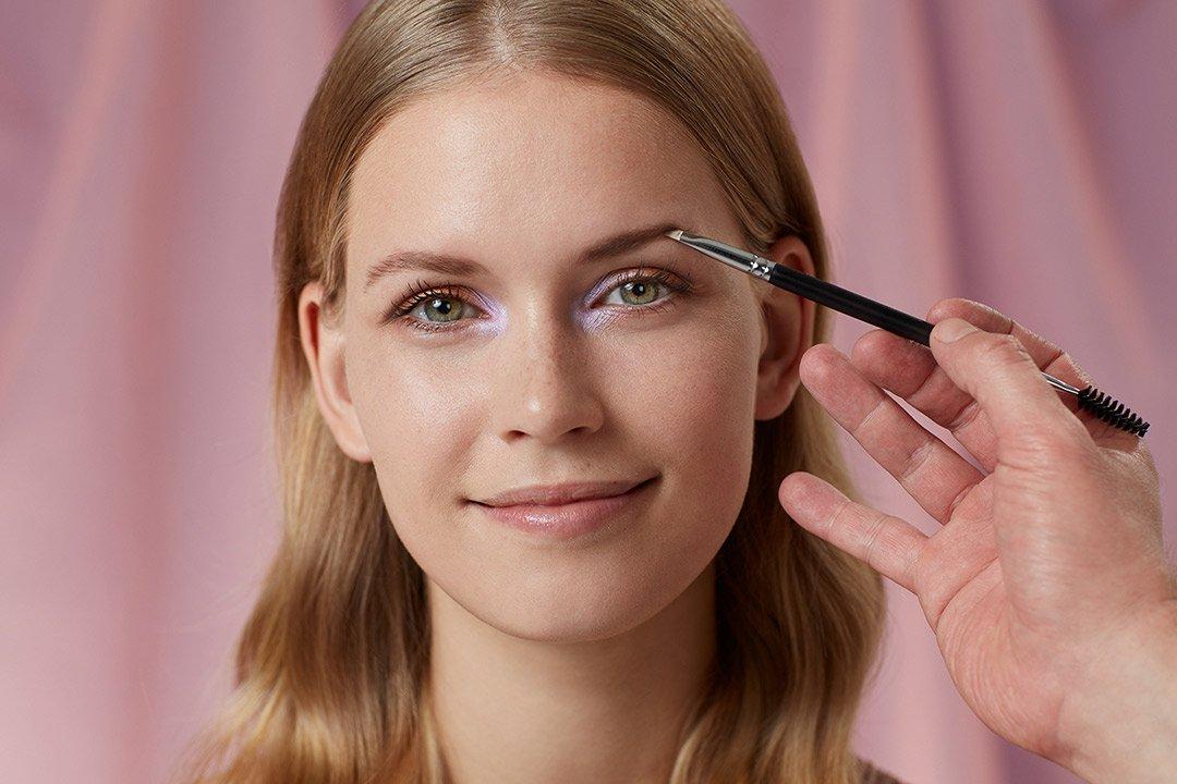 fruehlings-make-up-look-2020-douglas-pastel-farben (7)