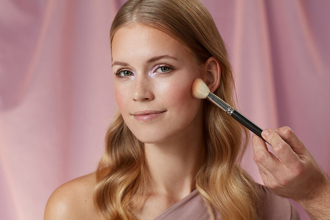 fruehlings-make-up-look-2020-douglas-pastel-farben (8)